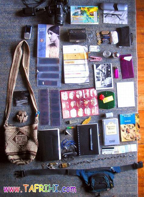 محتویات کیف دختر خانم ها !