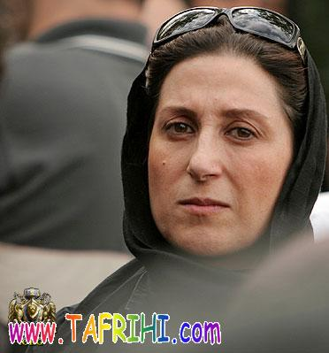 http://photo.tafrihi.com/Fatemeh_MotamedArya_1/1_Fatemeh_MotamedArya_1_www_Tafrihi_com.jpg