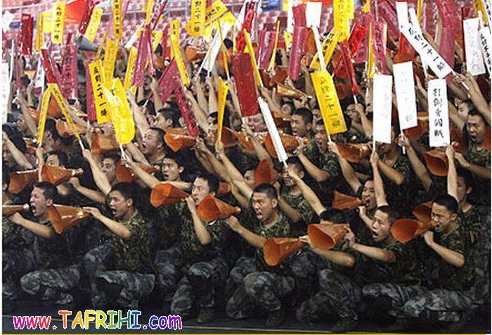 سربازهای چینی خنده دار با حرکات عجیب