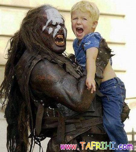 عکس هایی از رفتار بد پدر ومادر با فرزندانشان